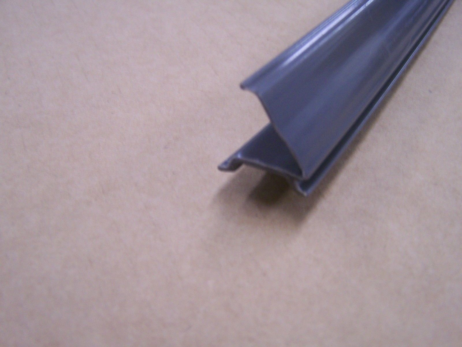 Jayco Door Seal Bug Wipe - Grey
